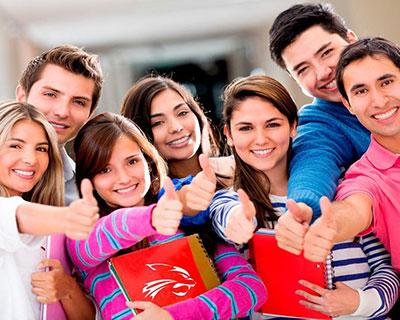 Estudiantes de UVM Campus Cumbres